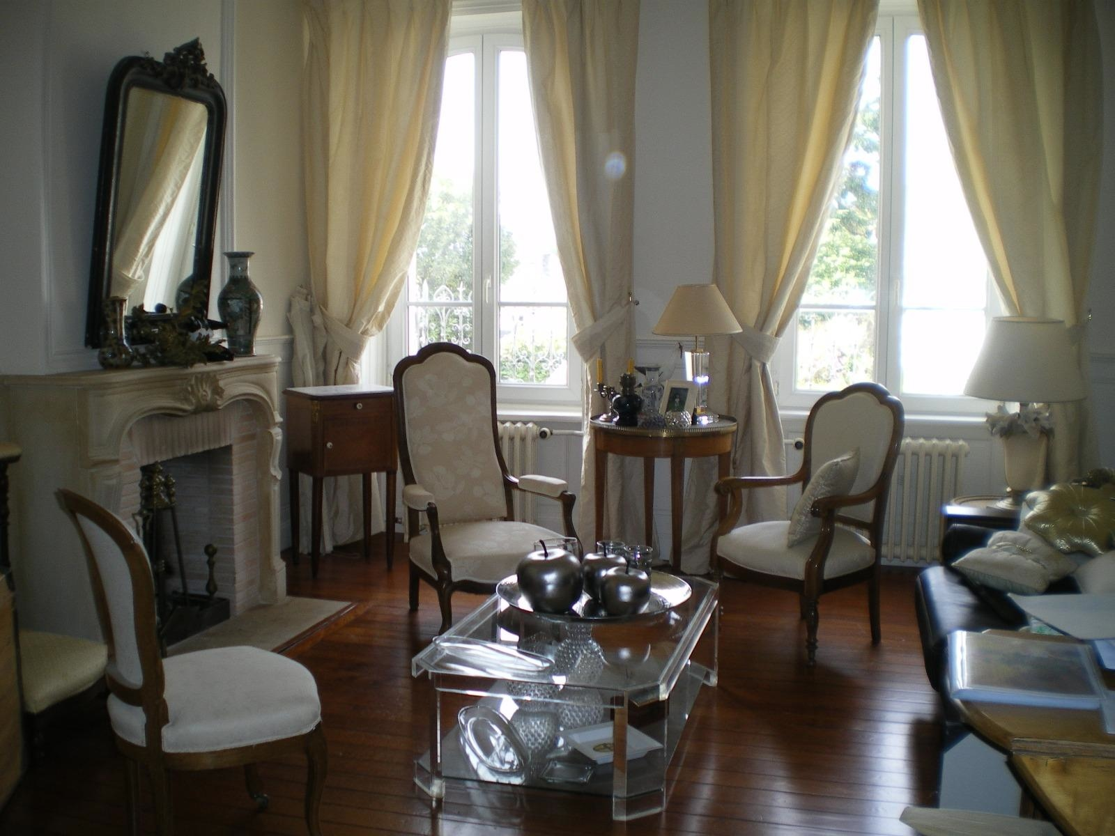 Belle maison bouctot immobilier for Agence immobiliere cherbourg